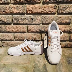 adidas Shoes - Adidas | Baseline K Rose Gold Sneakers NIB